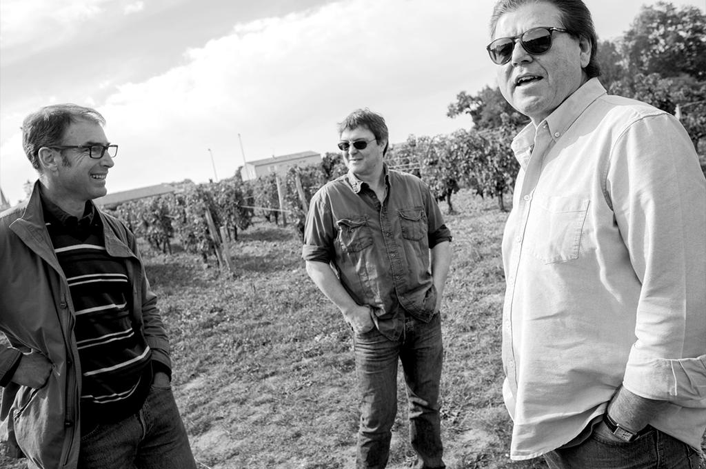 vlnr. Estates director Olivier Darcy, hoofd wijnmaker en oenoloog Neil