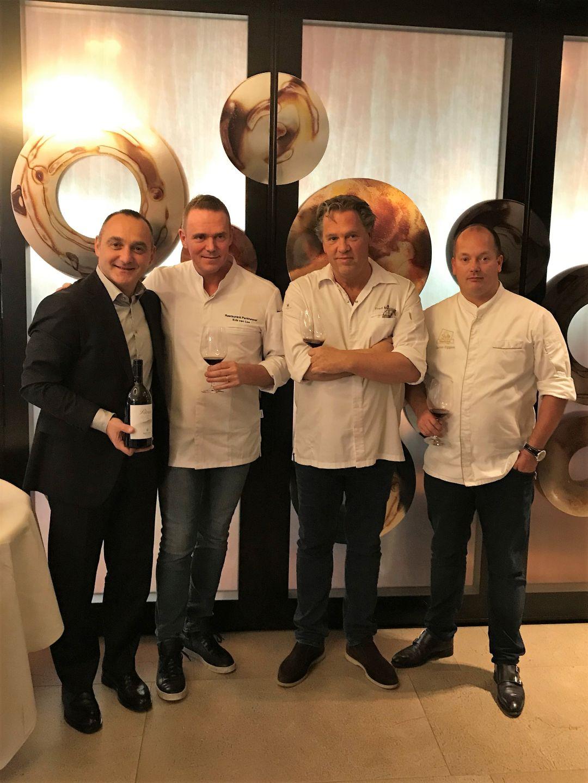 Giovanni Mazzoni  met de drie chefs