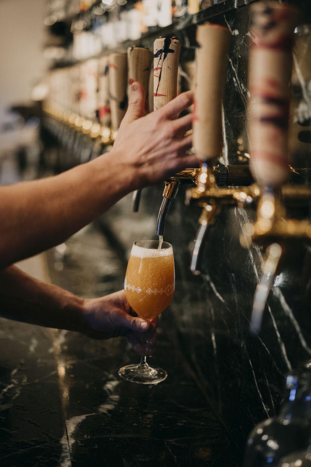 tap bier Bar Alt