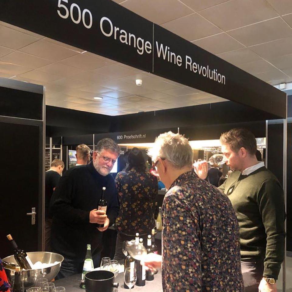 Orange Wine paviljoen