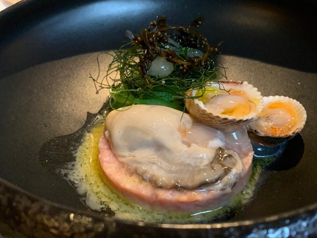 Boerderijkalf en oester